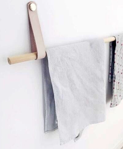 Håndklædeholder i naturfarvet læder
